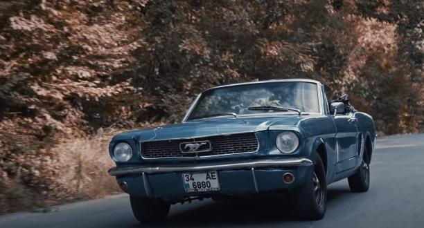 yasin-obuz-ala-klasik-araba