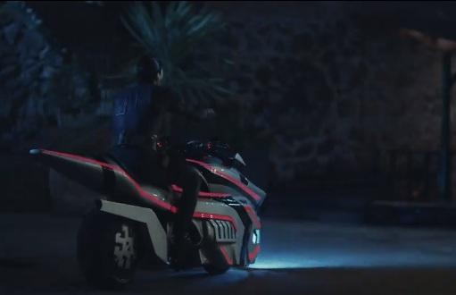 akinci-dizisi-motosiklet-marka-model