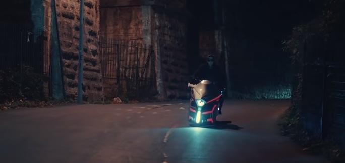 akinci-dizisi-motosiklet